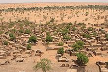 ein Dorf am Felsen von Bandiagara