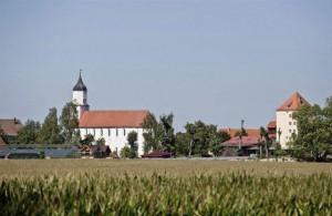 """Kloster Zimmern im Donau-Ries - eines der ältesten Kläster in Deutschland - restauriert und bewohnt von der Glaubengemeinschaft """"Zwölf Stämme"""""""