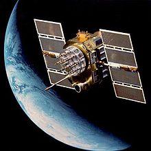 NAVSTAR – GPS-Satellit der zweiten Generation - Bild: Wikipedia